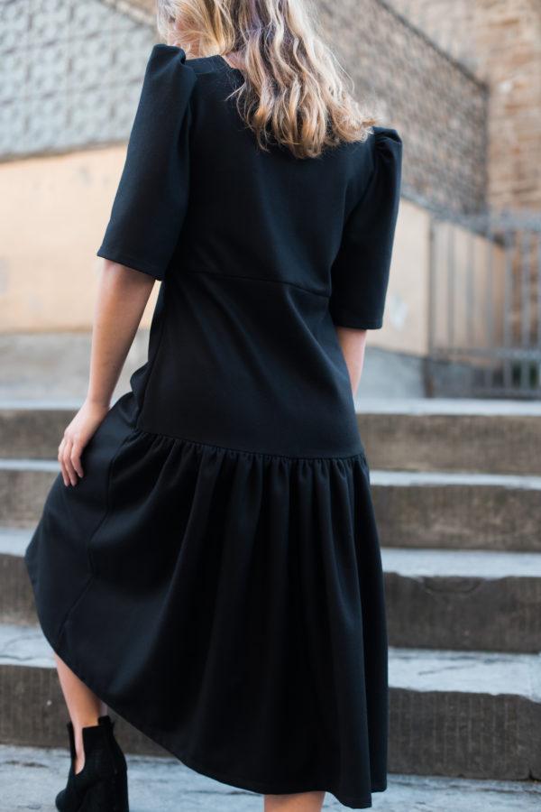 dettaglio tubino nero essere atelier negozio di moda abiti personalizzati firenze