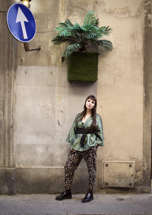 kimono corto donna dettaglio verde essere atelier negozio di moda abiti personalizzati firenze