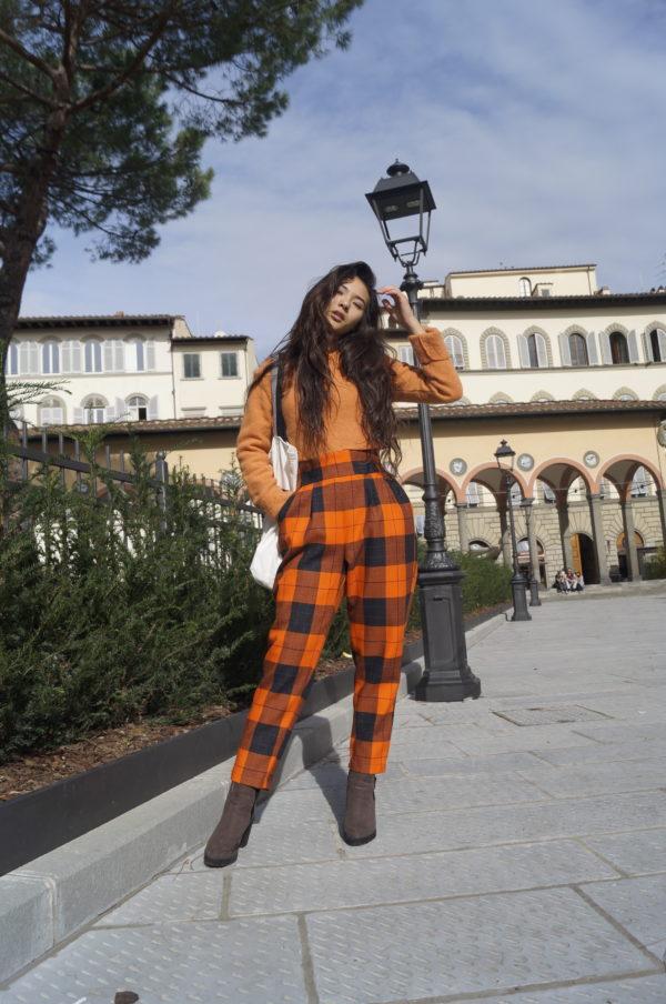 pantalone donna vita alta con tasche essere atelier negozio di moda abiti personalizzati firenze